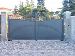 cancello ingresso - realizzazioni Curzi L&P